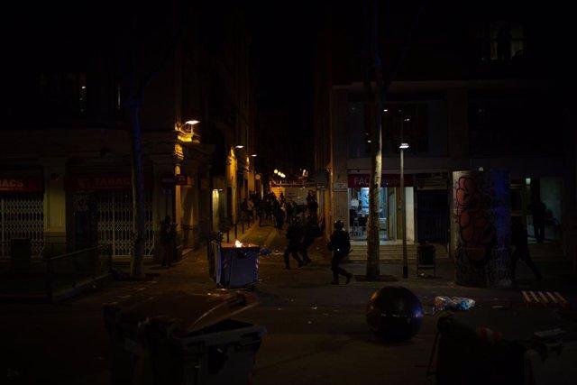 Mossos abre investigación por la pérdida del ojo de una manifestante en una protesta por Hasel en Barcelona