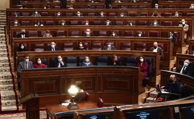 El Congreso tumba el referéndum que pedía ERC, con el Gobierno dividido: el PSOE vota no y Podemos se abstiene