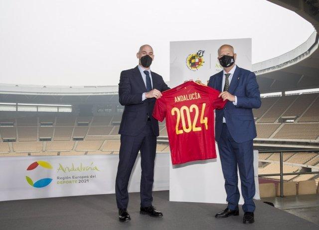 Fútbol.- La Cartuja se convertirá en el epicentro de las selecciones españolas de fútbol los próximos 4 años