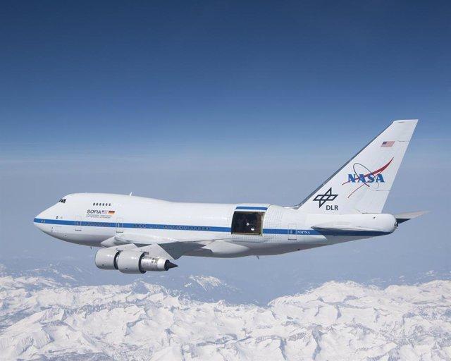 Ciencia.-El telescopio aeromóvil SOFIA estudia el cosmos desde cielos europeos