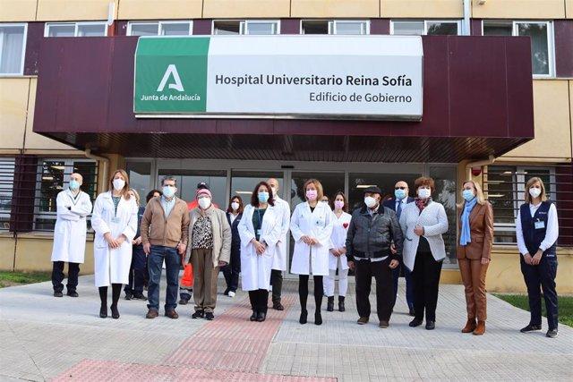 El Hospital Reina Sofía de Córdoba realiza el primer trasplante autólogo de progenitores hematopoyéticos en domicilio