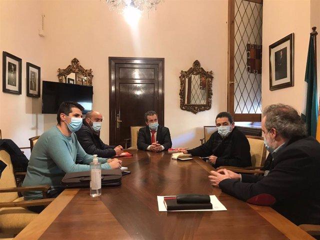 Jaén.- El alcalde lanza un mensaje de tranquilidad a la plantilla de FCC tras la anulación judicial del contrato