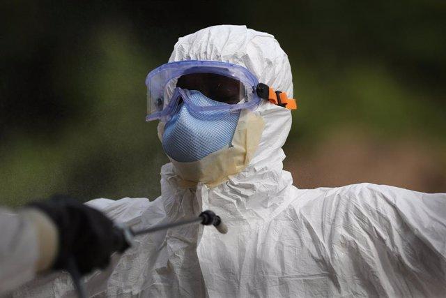 Archivo - Guinea.- Liberia analiza un posible caso de ébola en una paciente llegada recientemente desde Guinea