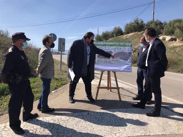 Presentación del proyecto de la nueva rotonda a la entrada de Puente Tablas.