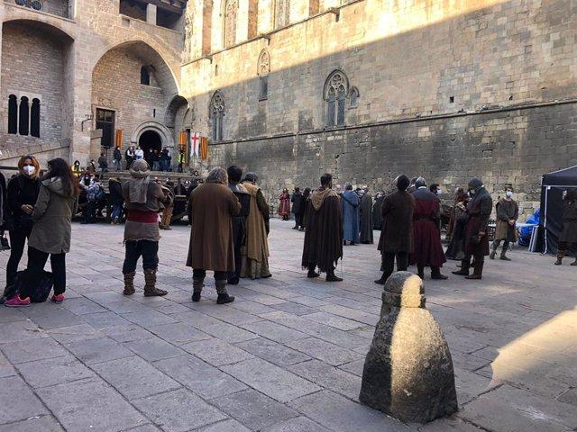 La filmació de 'La catedral del mar' obliga a resituar un acte en suport a Pablo Hasél