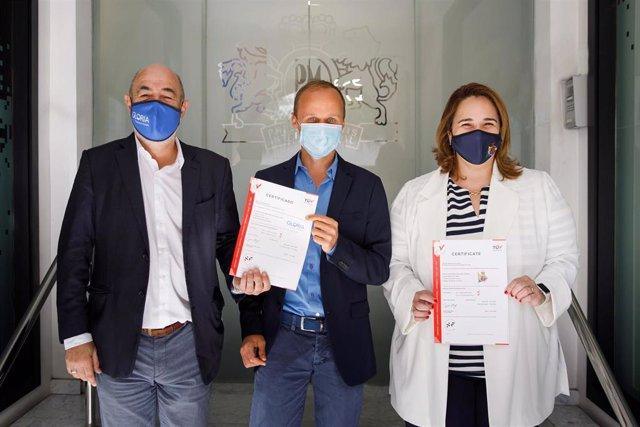 Philip Morris continúa con su apoyo a los establecimientos de Canarias para alcanzar un mundo sin humo