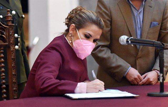 Archivo -  Jeanine Áñez.