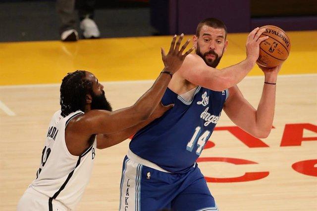 Harden (Nets) y Gasol (Lakers)