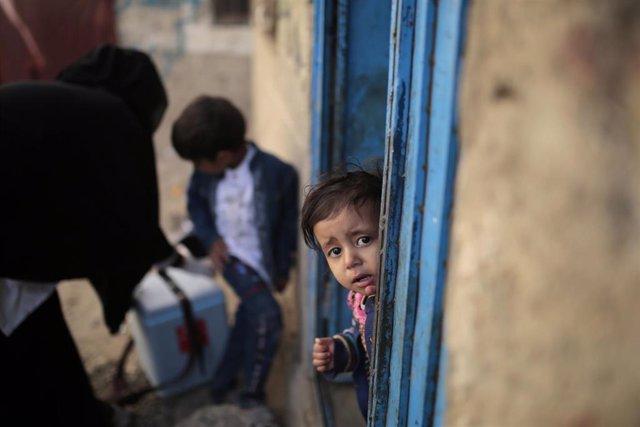 Archivo - Campaña de vacunación contra la polio en Yemen
