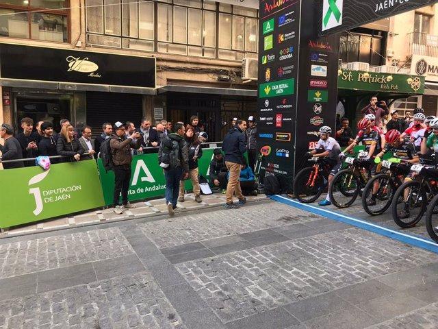 Omagen de archivo de la Andalucía Nike Race en la capital jiennense