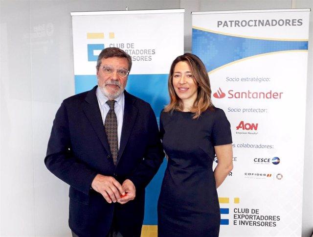Archivo - El presidente del Club de Exportadores, Antonio Bonet, y la secretaria de Estado, Xiana Méndez, tras una reunión mantenida.