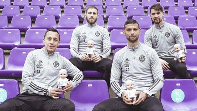 Más de mil 'Baby Pelones' de la Fundación Juegaterapia presenciarán el Real Valladolid-Real Madrid para concienciar sobre el cáncer infantil
