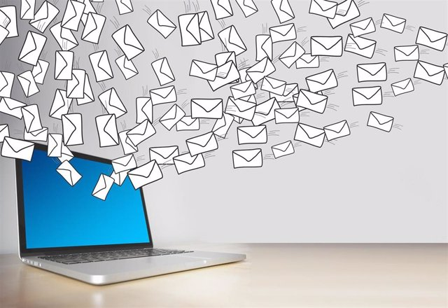 Correo electrónico, email.