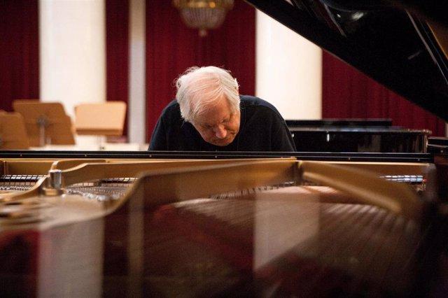 El pianista ruso Grigory Sokolov