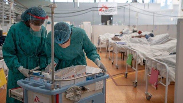 MSF urge a los países ricos y farmacéuticas que garanticen que todas las regiones puedan acceder a vacunas