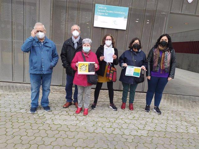 Activistas de la plataforma en un encuentro