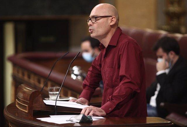 Archivo - El secretario general del grupo de Unidas Podemos, Txema Guijarro, interviene durante una sesión plenaria en el Congreso de los Diputados, en Madrid (España), a 10 de septiembre de 2020.