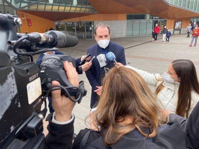 El diputat d'Untis per Avançar i exconseller d'Interior de la Generalitat, Ramón Espadaler, exigeix a la Generalitat que empari als Mossos d'Esquadra
