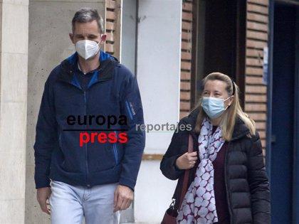 Iñaki Urdangarin, tarde de compras con el apoyo de Cristina de Borbón Dos Sicilias