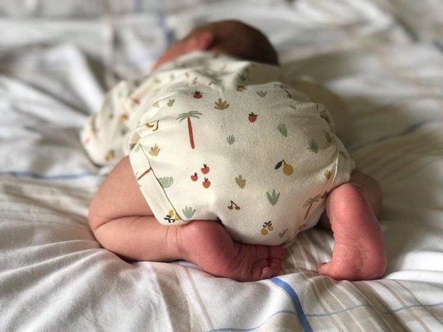 Archivo - Bebé recién nacido. Galicia.