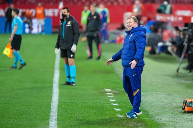 Ronald Koeman, head coach of Barcelona, during Semi-finals round of Copa del Rey, football match played between Sevilla Futbol Club and Futbol Club Barcelona at Ramon Sanchez Pizjuan Stadium on February 10, 2021 in Sevilla, Spain.