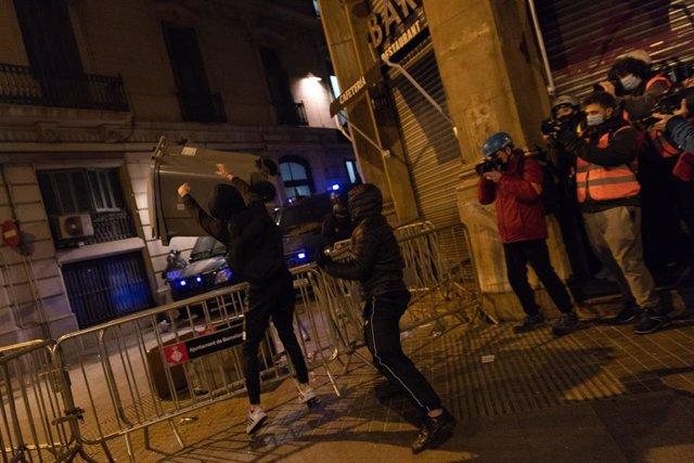 Manifestació a Barcelona en suport al raper Pablo Hasel