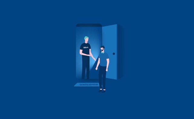 BBVA ha lanzado en España el plan 'Invita a un amigo'.