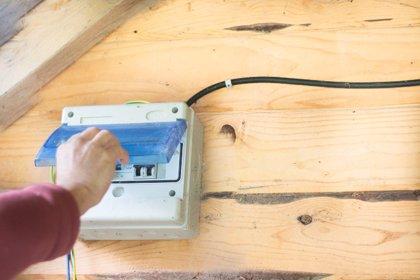 Minsait (Indra) desarrolla una 'app' para digitalizar el mantenimiento de equipos eléctricos