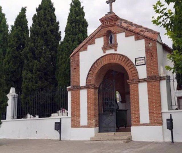 Asaltan el cementerio de Cabanillas del Campo y roban cruces y ornamentos de varias lápidas