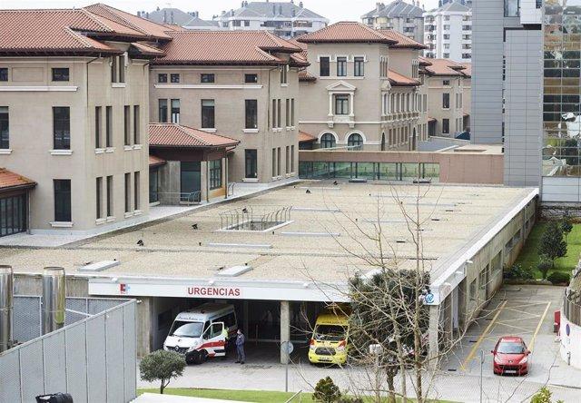 Archivo - Vista general del Hospital Universitario Marqués de Valdecilla. Archivo
