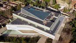 Azotea del edificio de Telefónica en Aravaca (Madrid) con 598 paneles solares