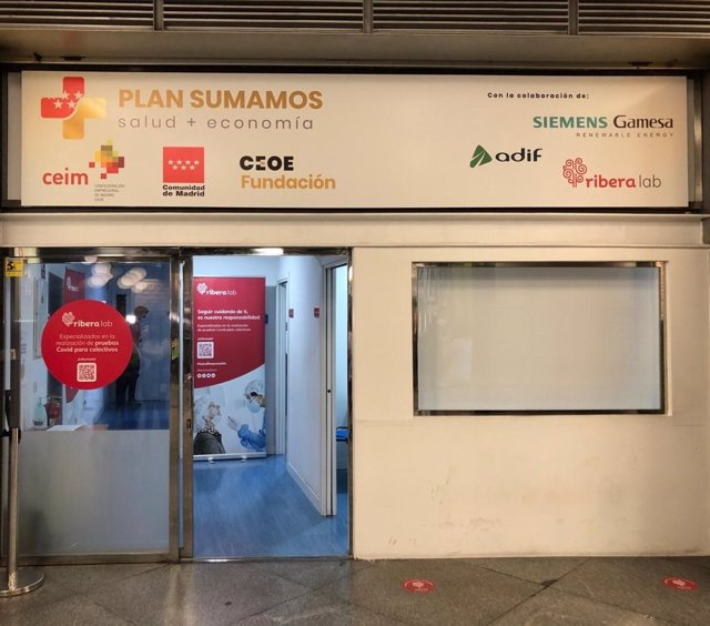 Centro de test de antígenos en Atocha