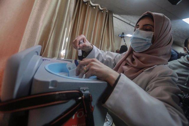 Campaña de vacunación contra el coronavirus en la Franja de Gaza