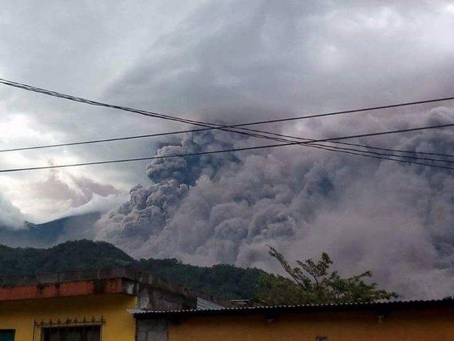 Archivo - Imagen de archivo de la ceniza provocada por un volcán en Guatemala.