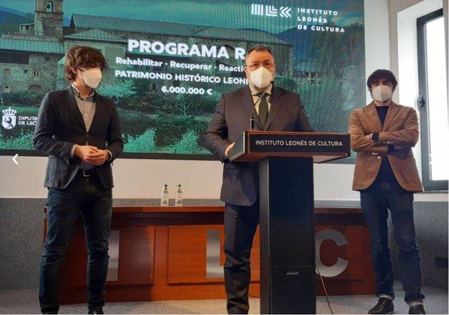 Eduardo Morán (C)presenta el 'Programa R' para recuperar el patrimonio provincial protegido.