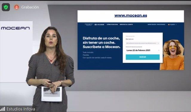Hyundai explica cómo funciona la página web para alquilar un coche en Mocean, en una presentación telemática.