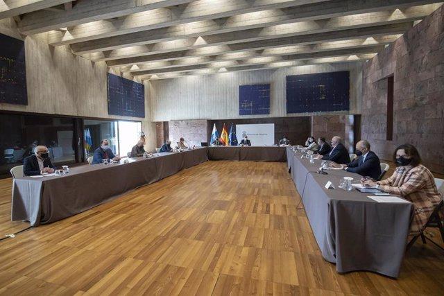 Reunión de la comisión de seguimiento del 'Plan Reactiva' de Canarias