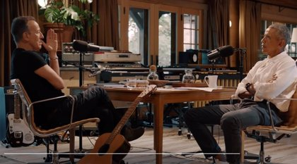 Escucha Renegades: Born in the USA, el podcast de Barack Obama y Bruce Springsteen