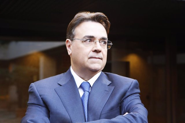 Archivo - El presidente de Enagás, Antonio Llardén