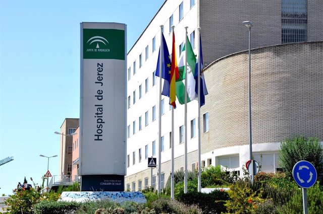 Archivo - Hospital De Jerez en una imagen de archivo