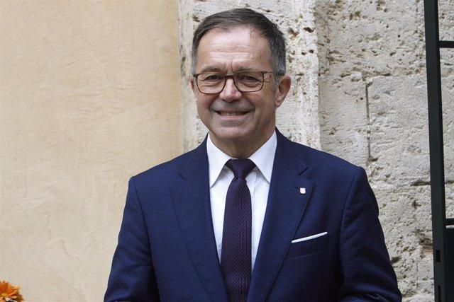 El conseller de Movilidad y Vivienda, Josep Marí.