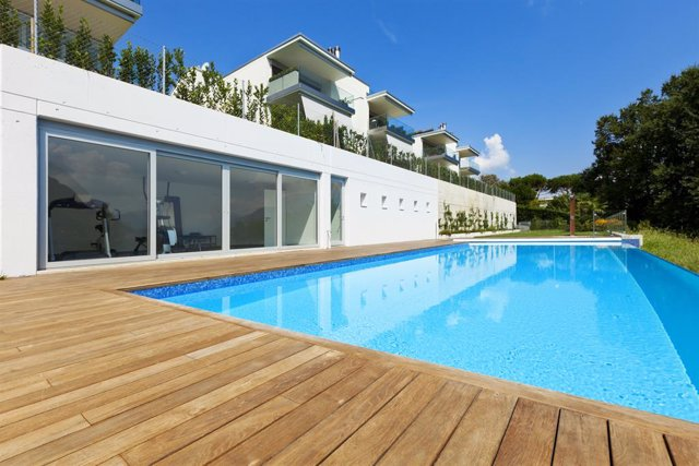 Archivo - Residence with swimming pool
