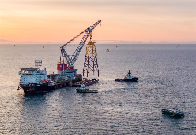 Archivo - Parque eólico marino o 'offshore'