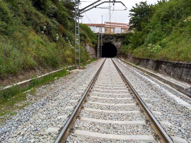 Archivo - Túnel de Reinosa