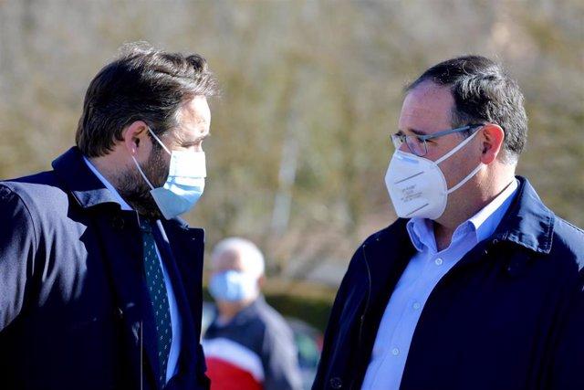 El presidente del PP, Paco Núñez, en Cuenca con Benjamín Prieto.
