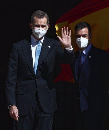 El Rey preside el aniversario del 23F, sin aplausos de Podemos y 'plantado' por los independentistas