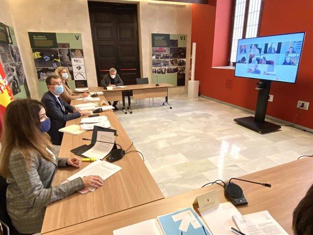 Imagen de la reunión de la Junta de Portavoces