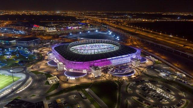 Archivo - Imagen de la inaguración del estadio Ahmad Bin Ali, el cuarto nuevo estadio construido para la Copa del Mundo de Fútbol en Qatar.