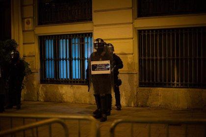 """ERC y la CUP estudian un """"plan de choque"""" para cambiar el modelo de seguridad y orden público de Cataluña"""