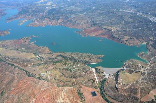 Archivo - Vista aérea del embalse del Giribaile.